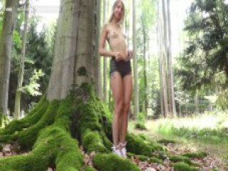 Dildo masturbation and pee in a forest