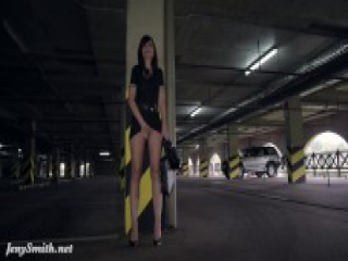 Jeny Smith oiling nude body in public parking