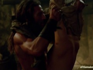 Hannah New and Jessica Parker Kennedy Nude Black Sails s02e03